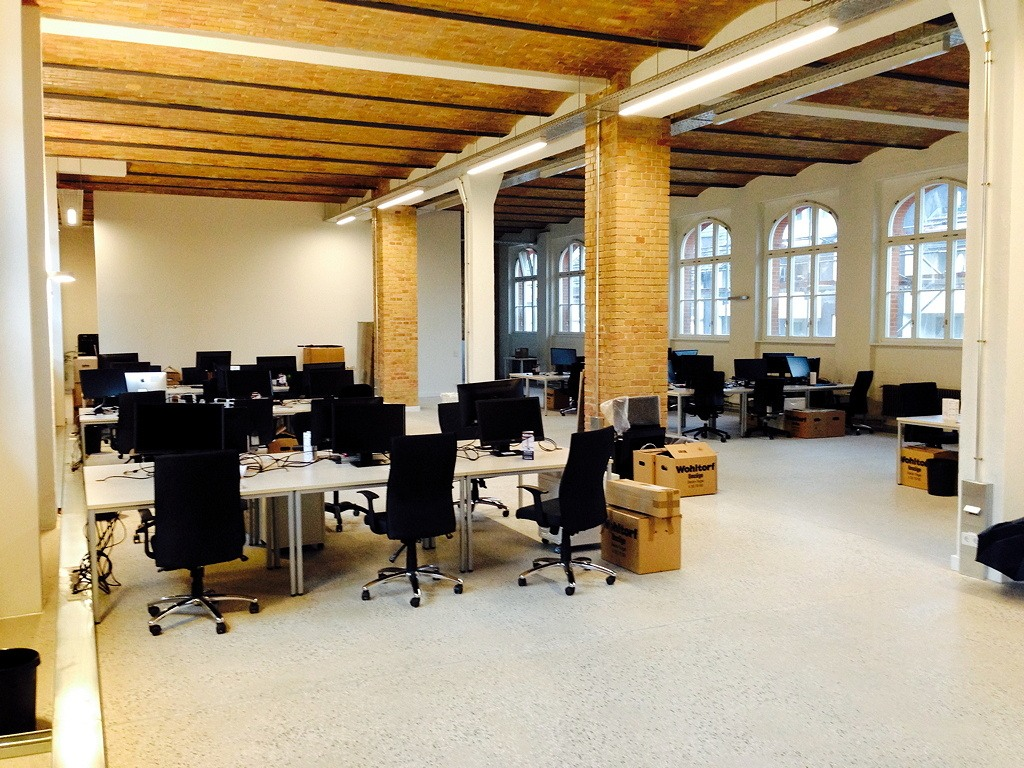 Agile workspace: Stylish but hardly usable work space – Age-of-Product.com