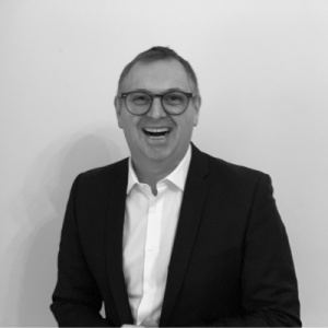 AI in Project Management: An Interview with Lloyd Skinner